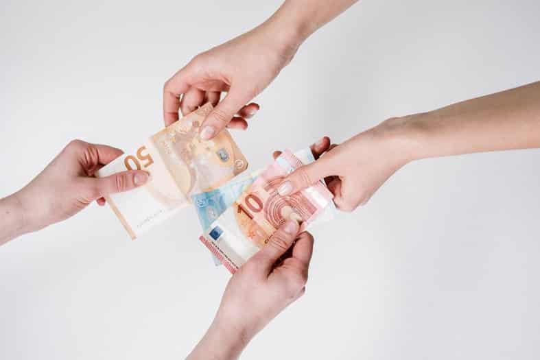 indėlių valandos greiti pinigai iš investicijų