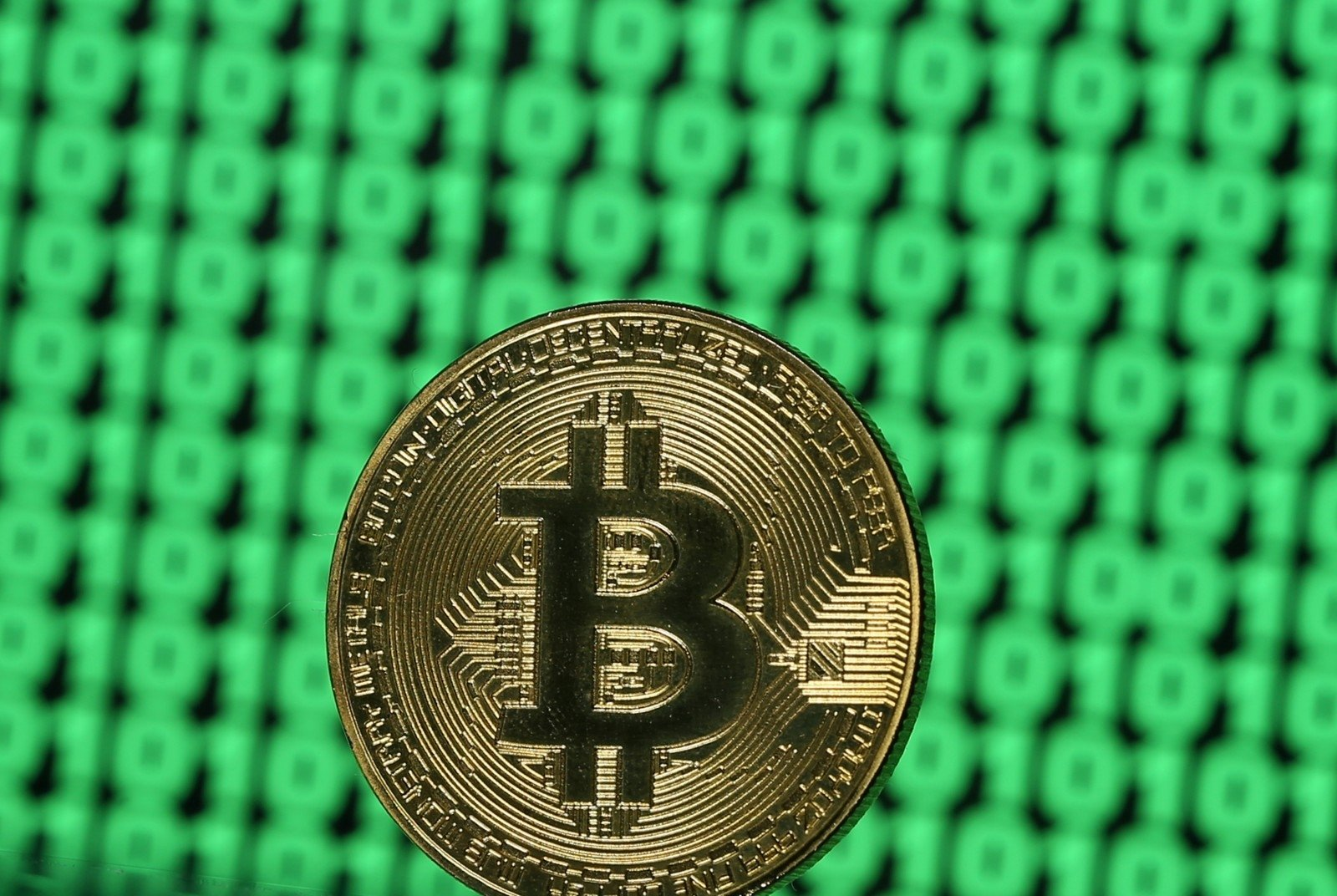 kaip greitai užsidirbti pinigų ir daug bitkoinų žymėti dvejetainių parinkčių rodiklį