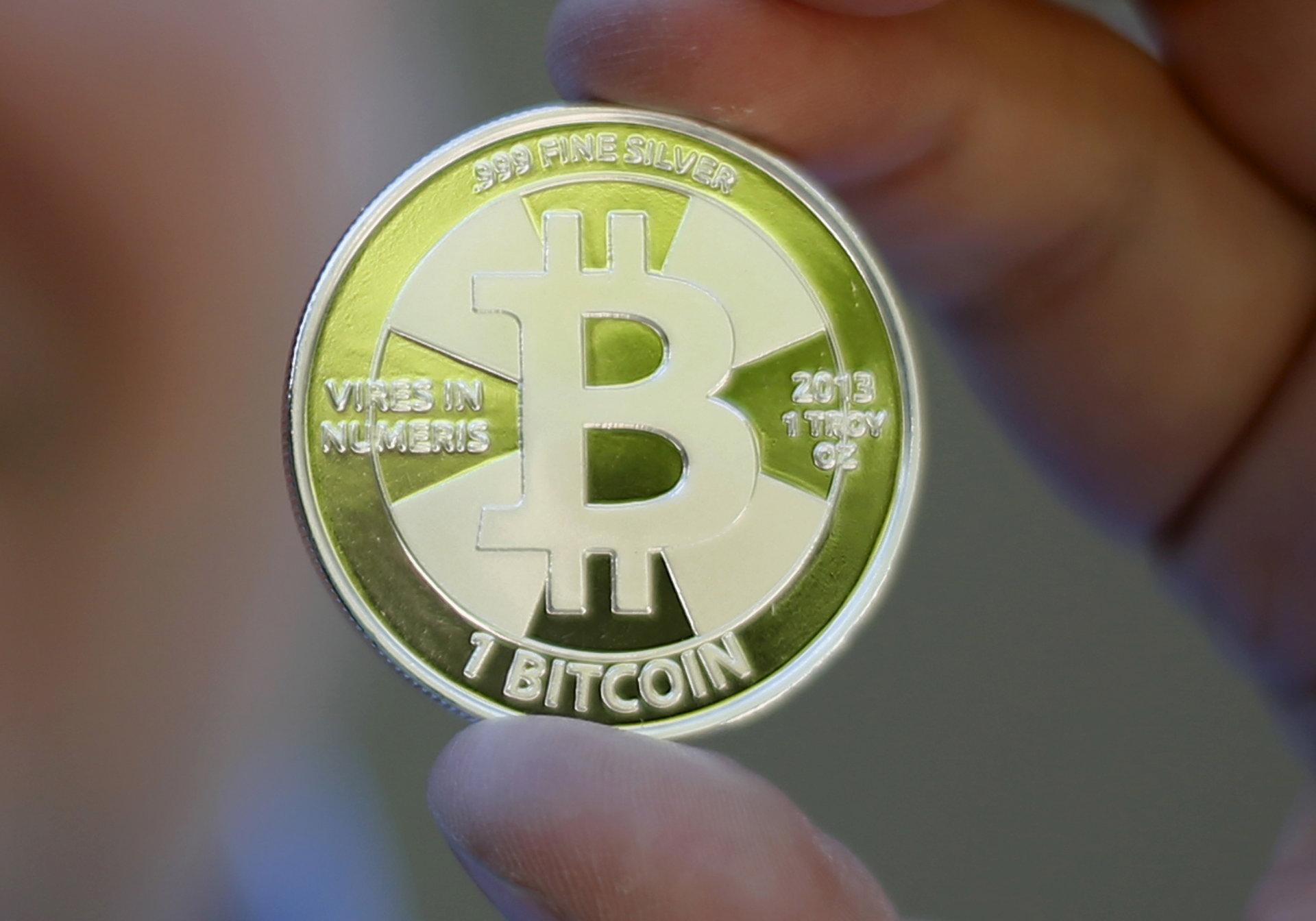bitkoinas gali