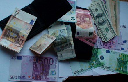būdai, kaip greitai užsidirbti pinigų