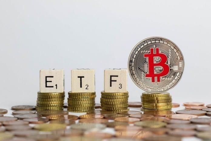 momentiniai mokėjimai bitkoinas
