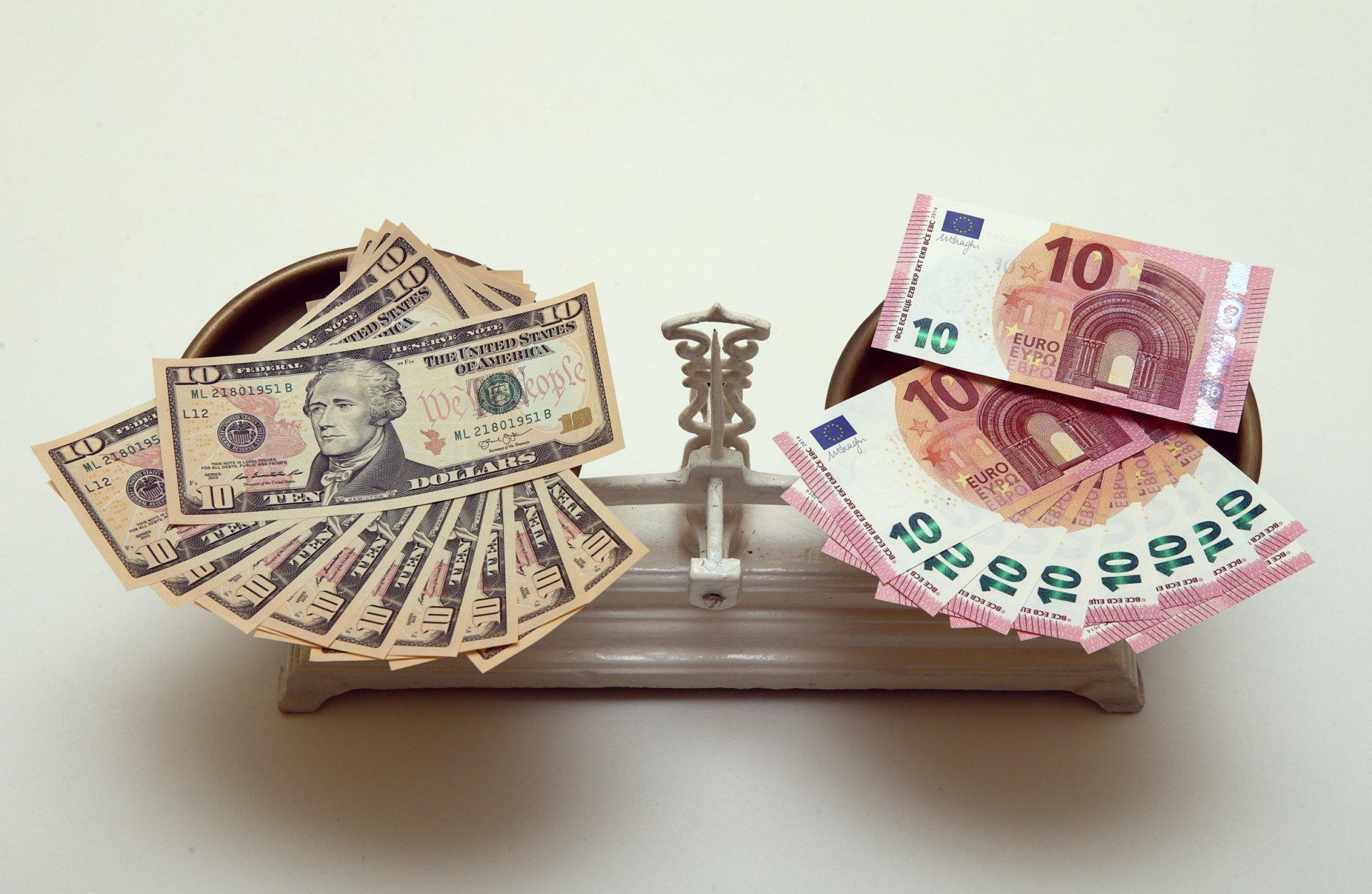 Kaip galima užsidirbti pinigų eurais Skubantiems